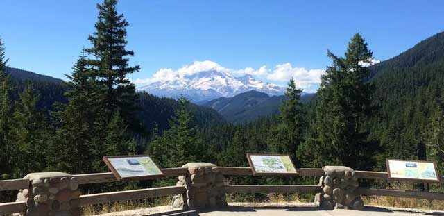 Mount Rainier Viewpoint - White Pass Scenic Byway - Mountain ...