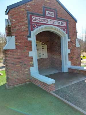 Glenoma Elementary Monument